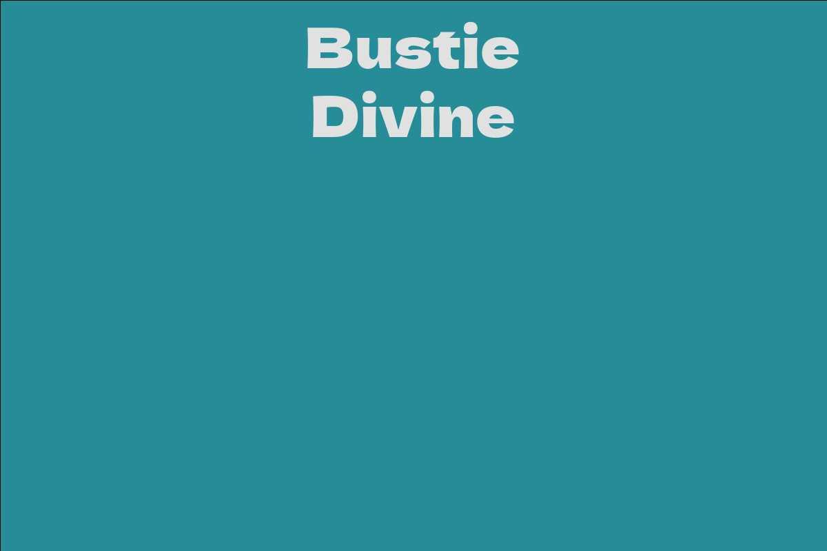 Bustie Divine