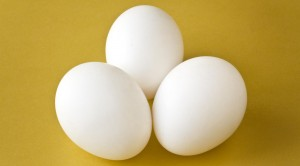 10 Benefits of eating eggs