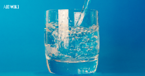 Avoid Drinking Water While Eating - Liquids with Meals